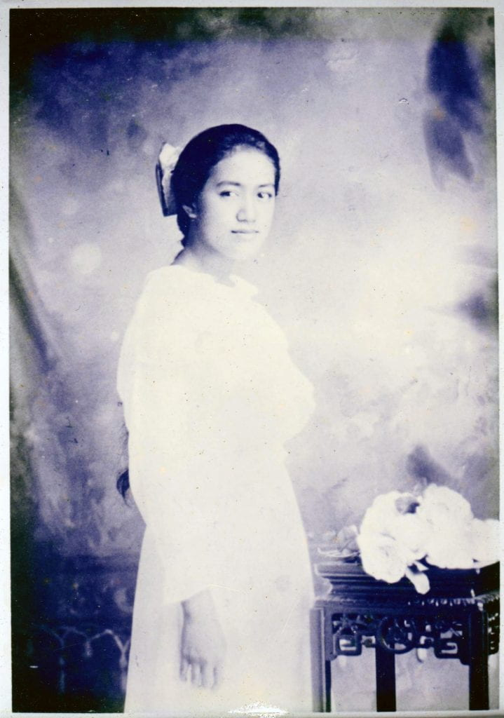 Violet Wong Hoe 1919 cropped copy 2